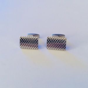 HUGO BOSS DIAMOND PATTERN CUFF LINKS SILVER NWOT